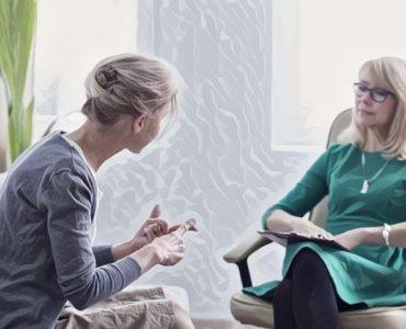 Una mujer en psicotrapia