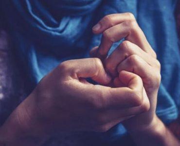 Persona afectada con el trastorno obsesivo compulsivo
