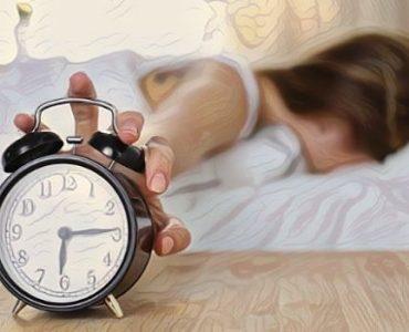 Una persona que tiene problemas para levantarse temprano