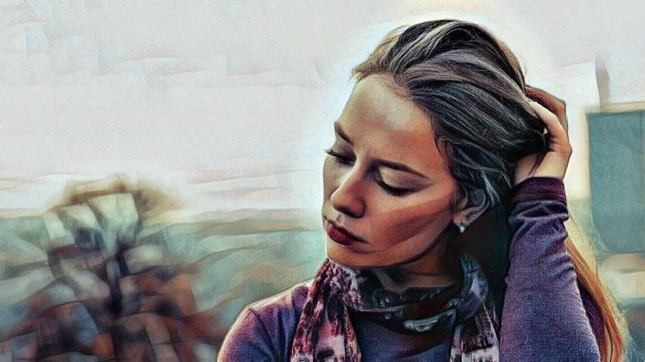 mujer con labilidad afectiva