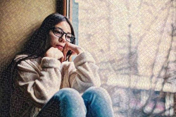 Mujer que padece Desorden de personalidad evasiva