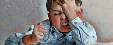 Niño con ansiedad y tendencia depresiva por herencia de los padres