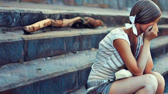 Mujer que padece Trastornos Facticios