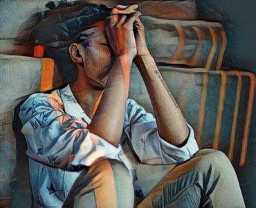 Persona deprimida durante una crisis