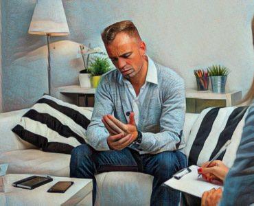 Paciente con cáncer en la consulta con un psicooncólogo