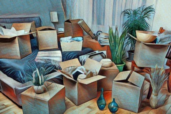 Una casa desordenada por acumular demasiados objetos inútiles