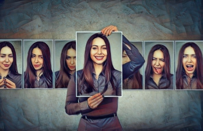 Mujer que padece ciclofrenia