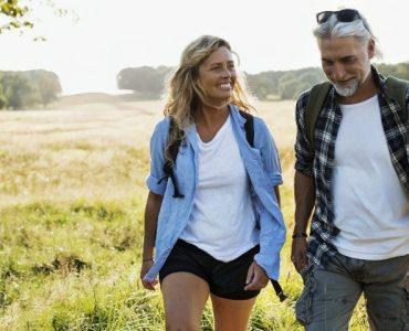 Relación de pareja con diferencia de edad y los prejuicios de la sociedad