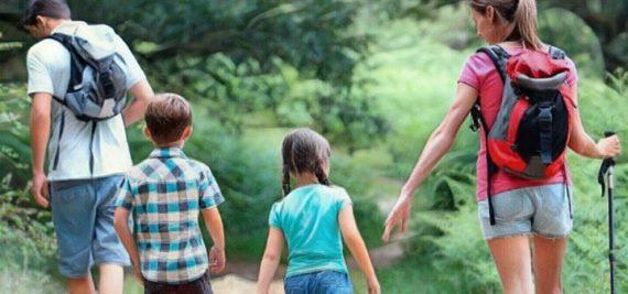 Senderismo con niños y consejos para lasfamilias que gustan salir a caminar