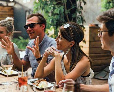 Las comidas familiares y la salud mental de los adolescentes