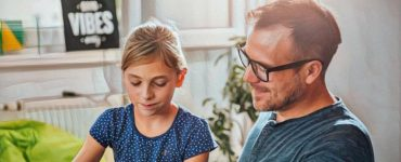 Padre aplicando la disciplina positiva