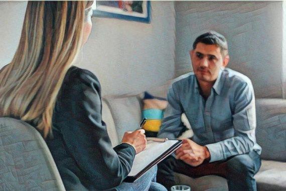 Un psicólogo en terapia psicológico