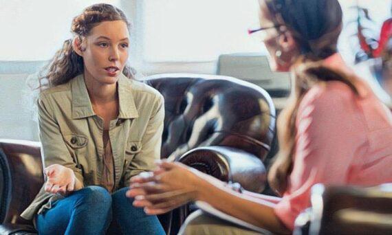 Los beneficios de la terapia psicológica frente al uso de fármacos